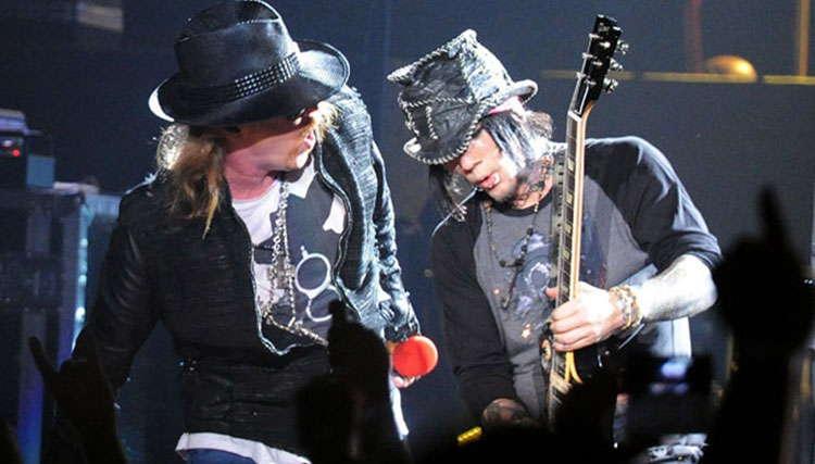 دی جی اشبا از درخواست اکسل رز برای حضور در Guns N' Roses خبر داد