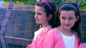 عکس زیبا از کودکی سارا و نیکاى سریال پایتخت
