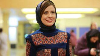 مانتوی عجیب سارا بهرامی بهترین بازیگر زن ایران + عکس