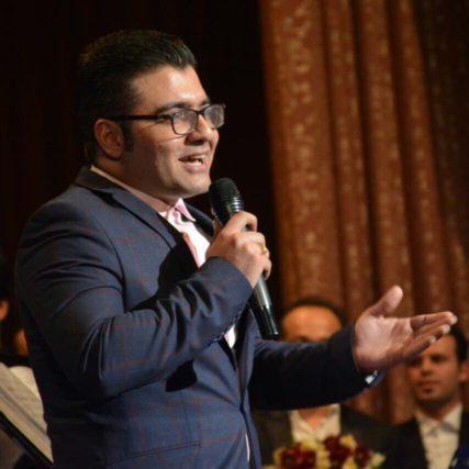 پویا محمودی