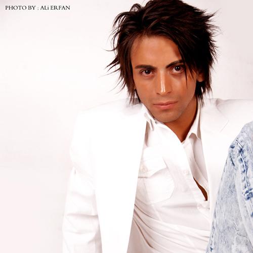 دانلود آهنگ دستمو ول نکن از دانیال احمدی