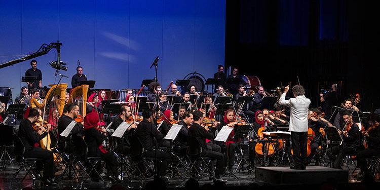 تغییر رهبر تازهترین اجرای ارکستر سمفونیک تهران/ مشکلات پزشکی برای شهرداد روحانی