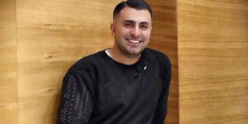 اهدای عواید کنسرت به آسیبدیدگان به جای لغو/ علیرضا طلیسچی به نفع سیلزدگان سیستان و بلوچستان روی صحنه میرود