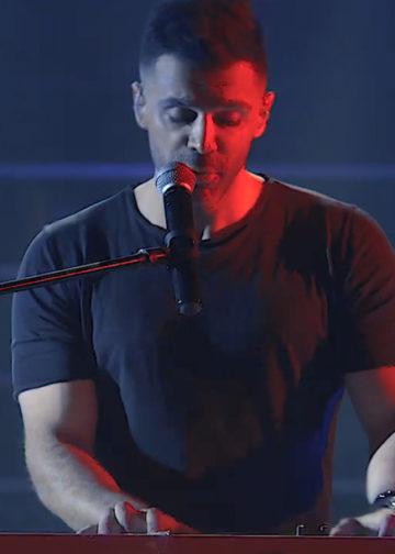 اجرای زنده امروز می خوام بهت بگم از سیروان خسروی live