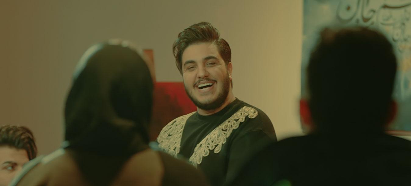 موزیک ویدیوی شب رویایی از آرون افشار