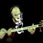 دانلود آهنگ بی زمان تو از میلاد درخشانی